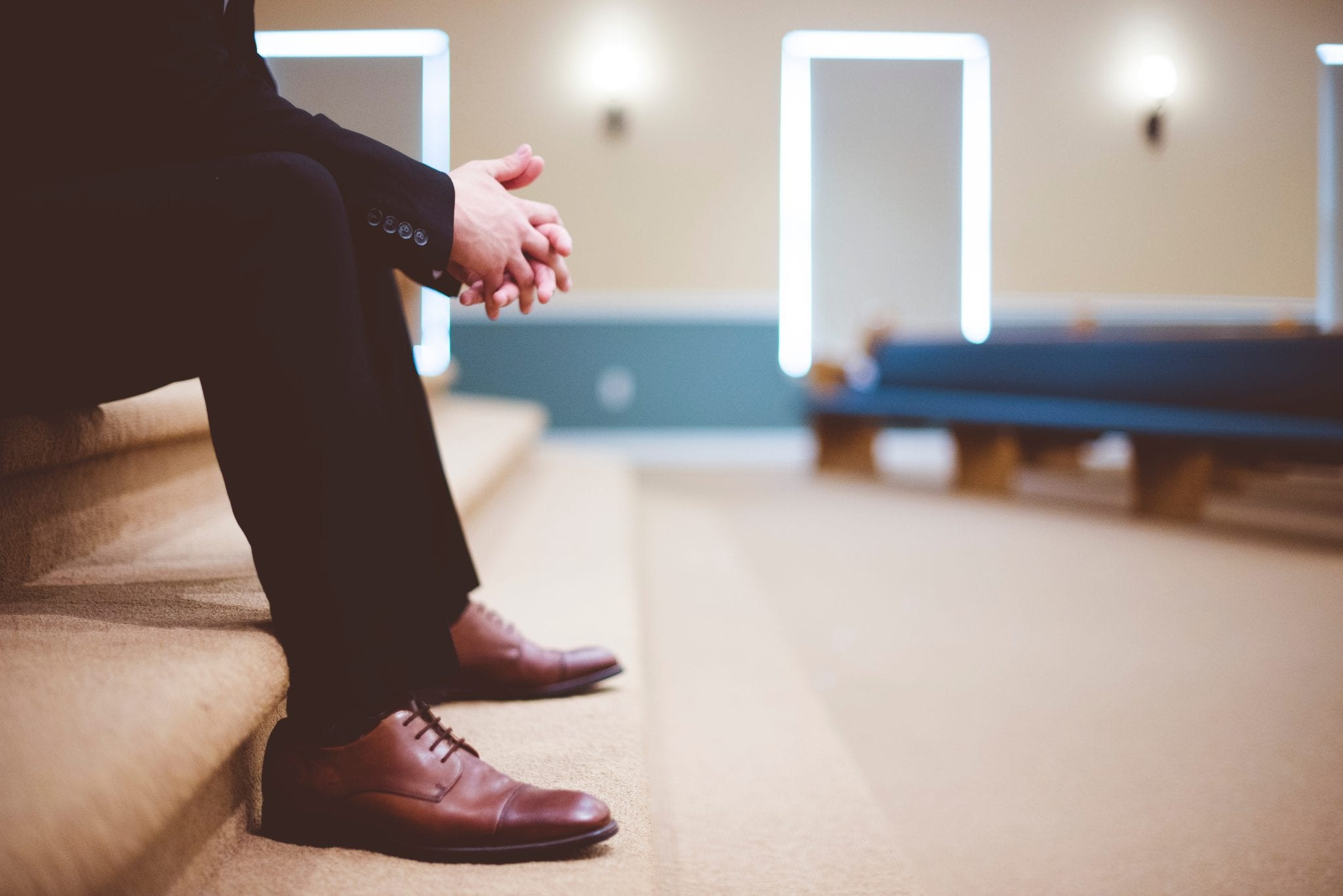 Signs you need to leave your church
